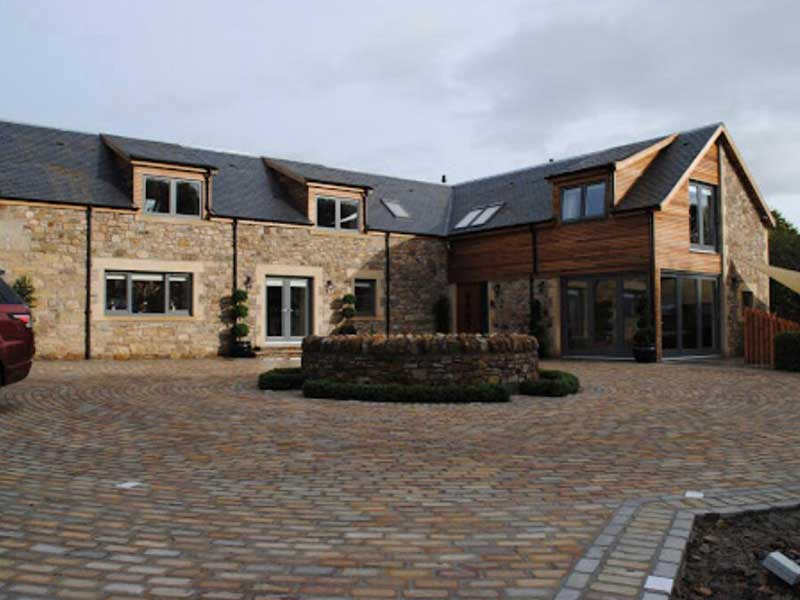 Luton Trusted Roof Installation