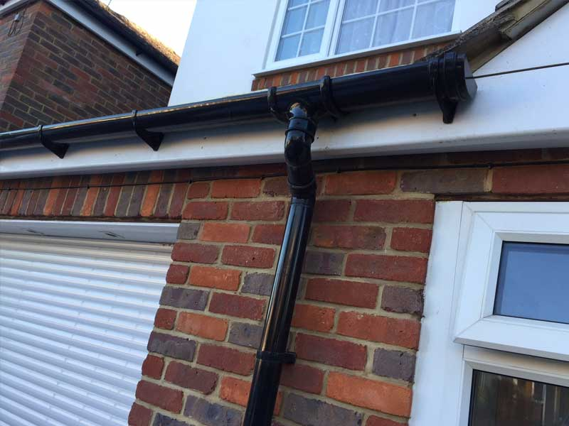 Luton Colorful Guttering Installation